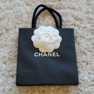 CHANEL tiny SHOPPING Bag ONLY